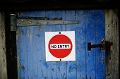 pic of no entry  - Red  - JPG
