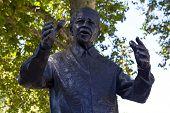 Nelson Mandella Statue In London