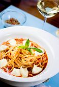 Linguine sorrentine