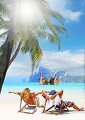 foto of caricatures  - Couple on the beach at tropical resort Travel concept - JPG