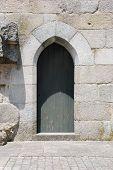 Lateral Door