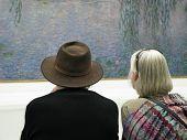 Contemplating Art