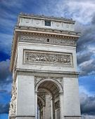 picture of charles de gaulle  - The Triumphal Arch  - JPG