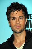 Enrique Iglesias   in the press room at the 2008 American Musica Awards. Nokia Theatre, Los Angeles,