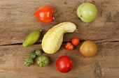 Ripe And Unripe Tomatoes