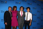 LOS ANGELES - AUG 4:  Lenny Venito, Toks Olagundoye, Simon Templeman, Tim Jo arrives at the ABC Summ