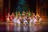 MOSCOW - DEC 30: The main characters of fairy The Nutcracker is surrounded by other heroes on the st