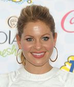 LOS ANGELES - AUG 10:  Candace Cameron Bure arrives to the Teen Choice Awards 2014  on August 10, 2014 in Los Angeles, CA.