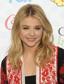 LOS ANGELES - AUG 10:  Chloe Grace Moretz arrives to the Teen Choice Awards 2014  on August 10, 2014 in Los Angeles, CA.
