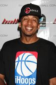 LOS ANGELES - MAY 1:  James Lesure arriving at the 1st Annual Ball Up Celebrity Streetball Game at C