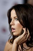 HOLLYWOOD, CA. - NOVEMBER 3: Kate Beckinsale attends the AFI Fest premier of Everybody's Fine on Nov