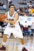 GLENDALE, AZ - DECEMBER 20: Arizona State University guard Derek Glasser #13  sets up a play during