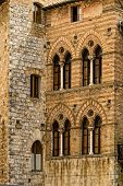 Tuscan Walls and Windows
