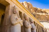 picture of hatshepsut  - the Memorial Temple of Hatshepsut  - JPG