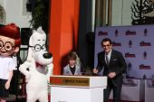 LOS ANGELES - FEB 14:  Sherman, Mr Peabody, Max Charles, Ty Burrell at the Mr. Peabody honored with