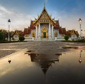 Traditional Thai architecture, Marble Temple