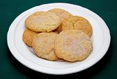 foto of snickers  - a plate full of snicker doodle cookies - JPG