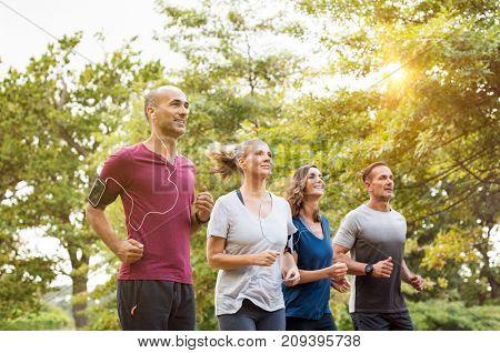 Runners team on morning training