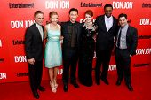 NEW YORK-SEP 12: (l-r) Tony Danza, Scarlett Johansson, Joseph Gordon-Levitt, Julianne Moore, Rob Bro