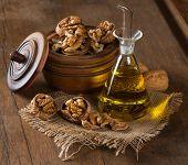 Walnut Oil And Walnuts