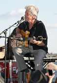 New York Juli 1: Blues Sänger John Hammond Wagner Park für 1. Juli 2010 in New York Cit führt