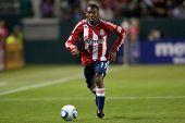 CARSON, CA. - 9 de abril: Chivas USA M Michael Lahoud #11 durante el partido de la MLS entre Columbus Crew & C