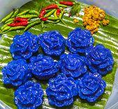 Violet Panicle Thai Dessert Food
