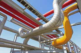 pic of pipeline  - Pipeline system used to transport oil and oil products pipeline system mainly composed of oil pipelines oil station and other auxiliary equipment is one of the main equipment of oil storage and transportation industry and crude oil and oil products the ma - JPG