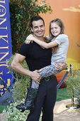 LOS ANGELES - AUG 27: Antonio Sabato Jr; daughter at the premiere of Walt Disney Studios' 'The Lion