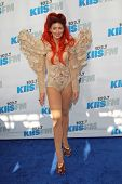 LOS ANGELES - MAY 12:  Neon Hitch arrives at the