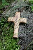 Wooden cross of olive wood - card for mourning and death