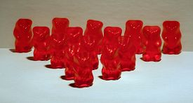 picture of gummy bear  - Gummy bears lined up in a triangle - JPG