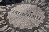 Imagine Strawbery Fields Central Park Nyc