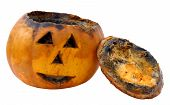 picture of jack-o-laterns-jack-o-latern  - Old rotten jack - JPG