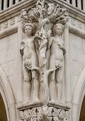 picture of adam eve  - Column capital at Doge - JPG