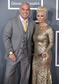 LOS ANGELES - FEB 10:  Tito Ortiz & Jenna Jameson arrives to the Grammy Awards 2013  on February 10,