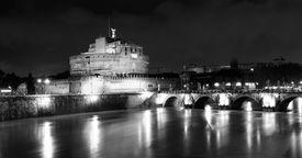 picture of spqr  - Night panorama of Castel Sant