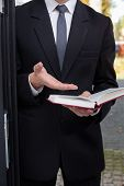 picture of evangelism  - Vertical view of Jehovah - JPG