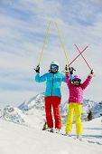 image of family ski vacation  - Ski - JPG