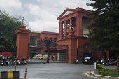 image of karnataka  - Entrance gate of a courthouse - JPG