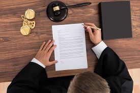 picture of divorce-papers  - Close - JPG