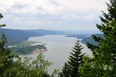 pic of portland oregon  - Looking West down the Columbia Gorge towards Portland - JPG