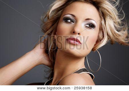 Постер, плакат: Портрет красивых молодых моды модели , холст на подрамнике
