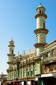 Mosc contra o céu azul, Jamnagar, Guzerate, Inddia