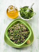 integral pasta with arugula pesto
