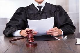 pic of jury  - Close - JPG