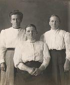 Vintage Women 1914