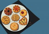 picture of dessert plate  - Set of cookies on a plate - JPG
