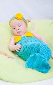 foto of undine  - Baby girl dressed as a mermaid  - JPG