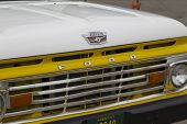 1970's Yellow U.s. Flag Ford Truck Grill View